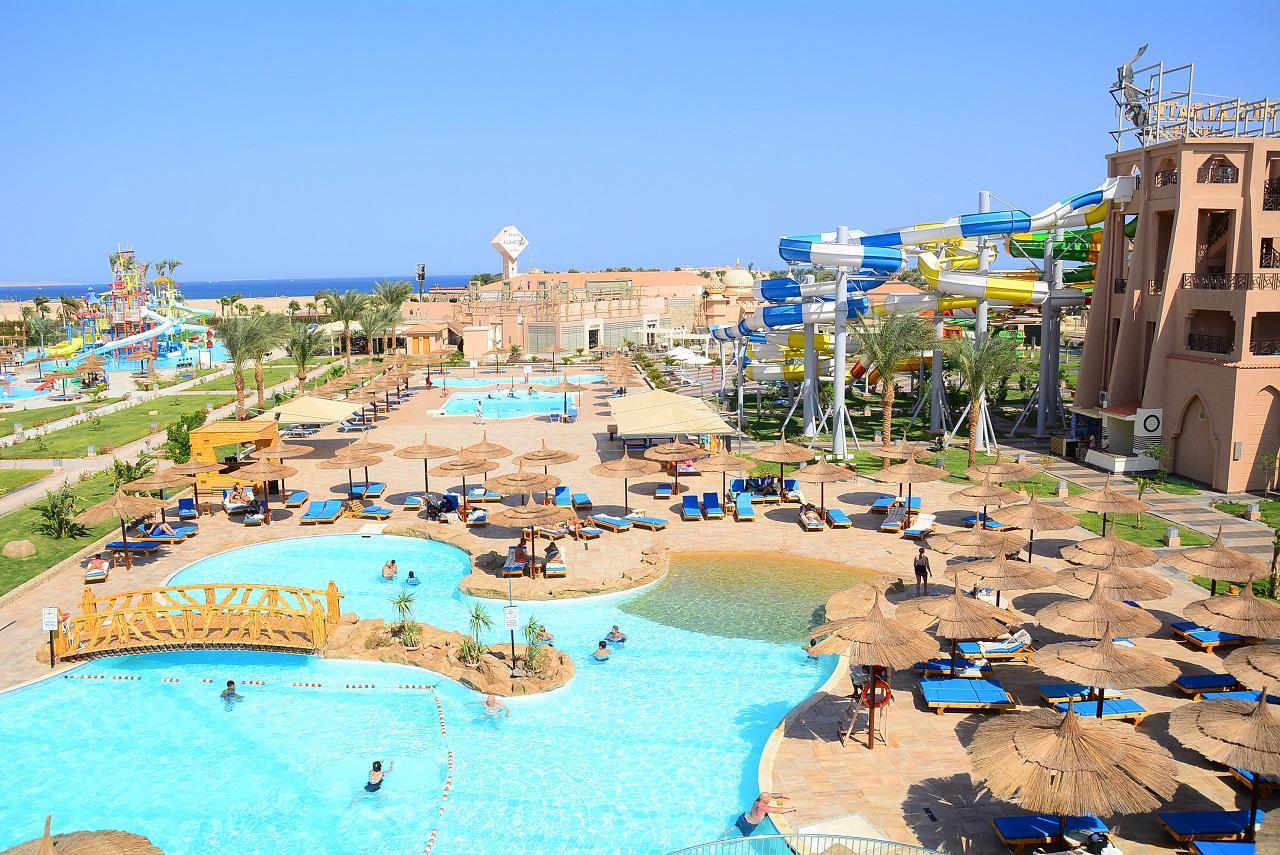 Sea World Resort 4* (4*)