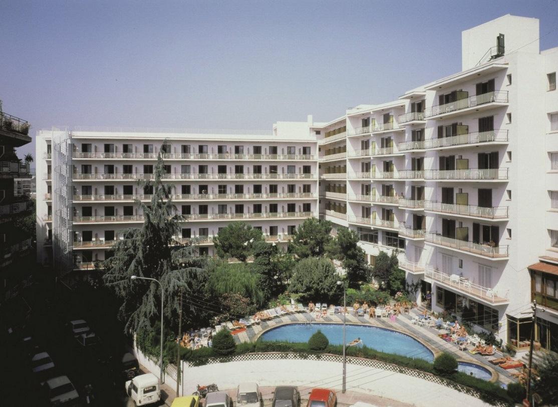 Clipper Hotel