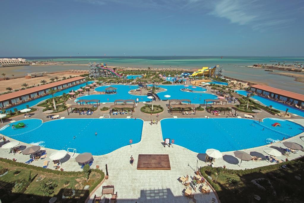 Caesar Palace hotel & Aqua Park