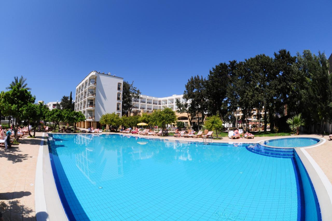 Pia Bella Hotel