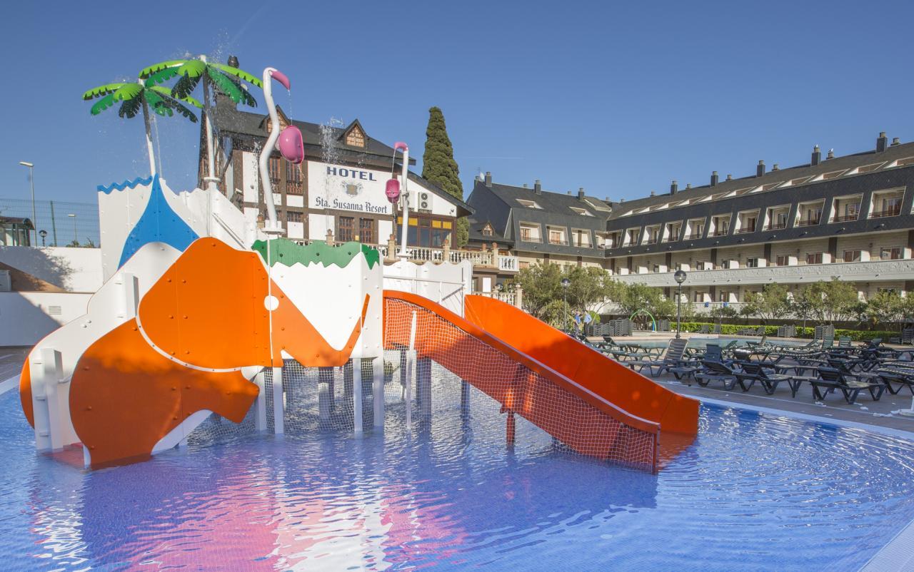 Santa Susanna Resort