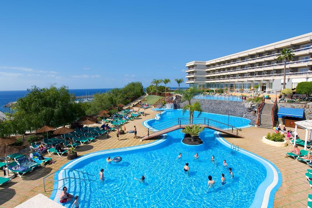 Gema Aguamarina Golf Apartments