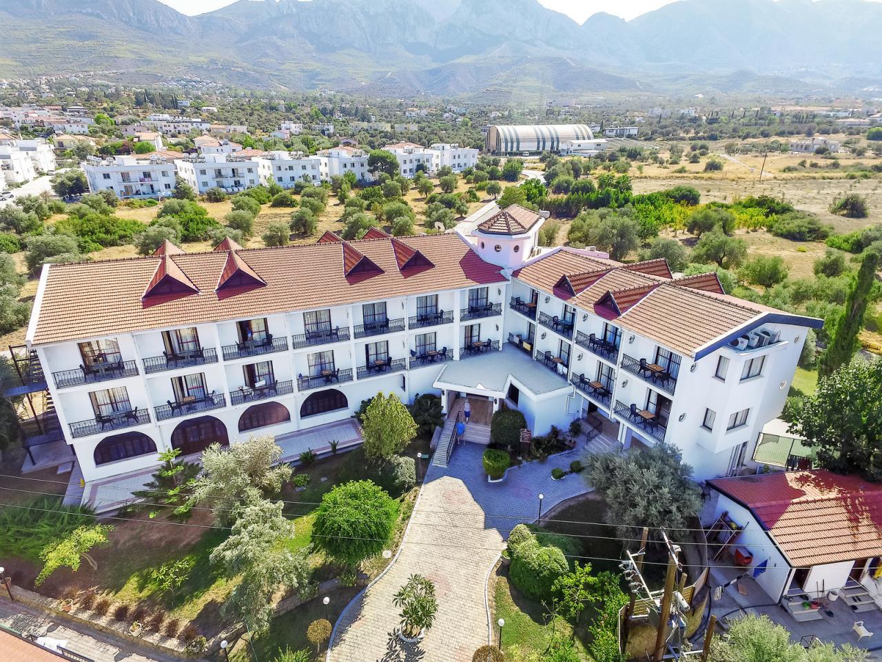 The Ship Inn Hotel And Villas